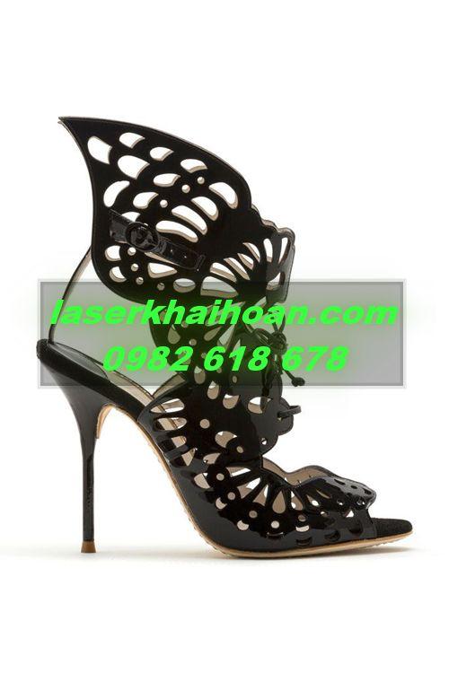 Cắt khắc laser trên giày nữ bằng da, simili