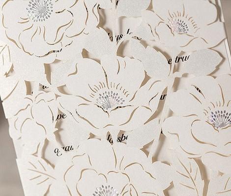 Cắt laser giấy với những hoa văn đẹp