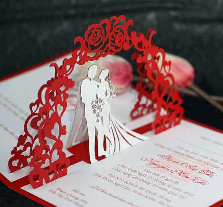 Cắt laser thiệp cưới hình cô dâu, chú rể đẹp