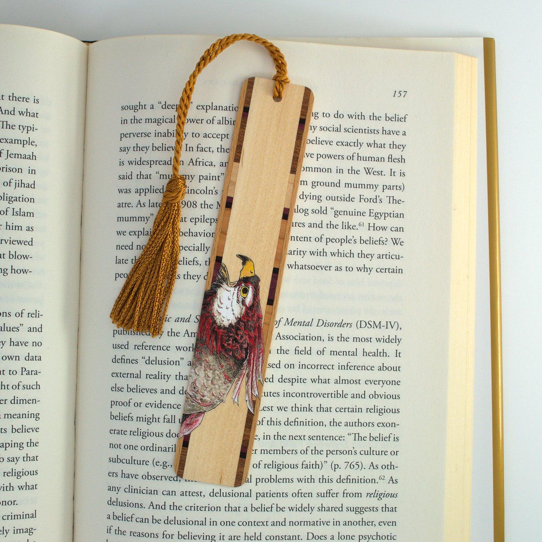 Cắt laser kẹp sách đẹp với giá rẻ