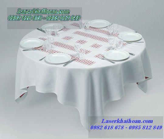Cắt laser vải làm khăn trải bàn