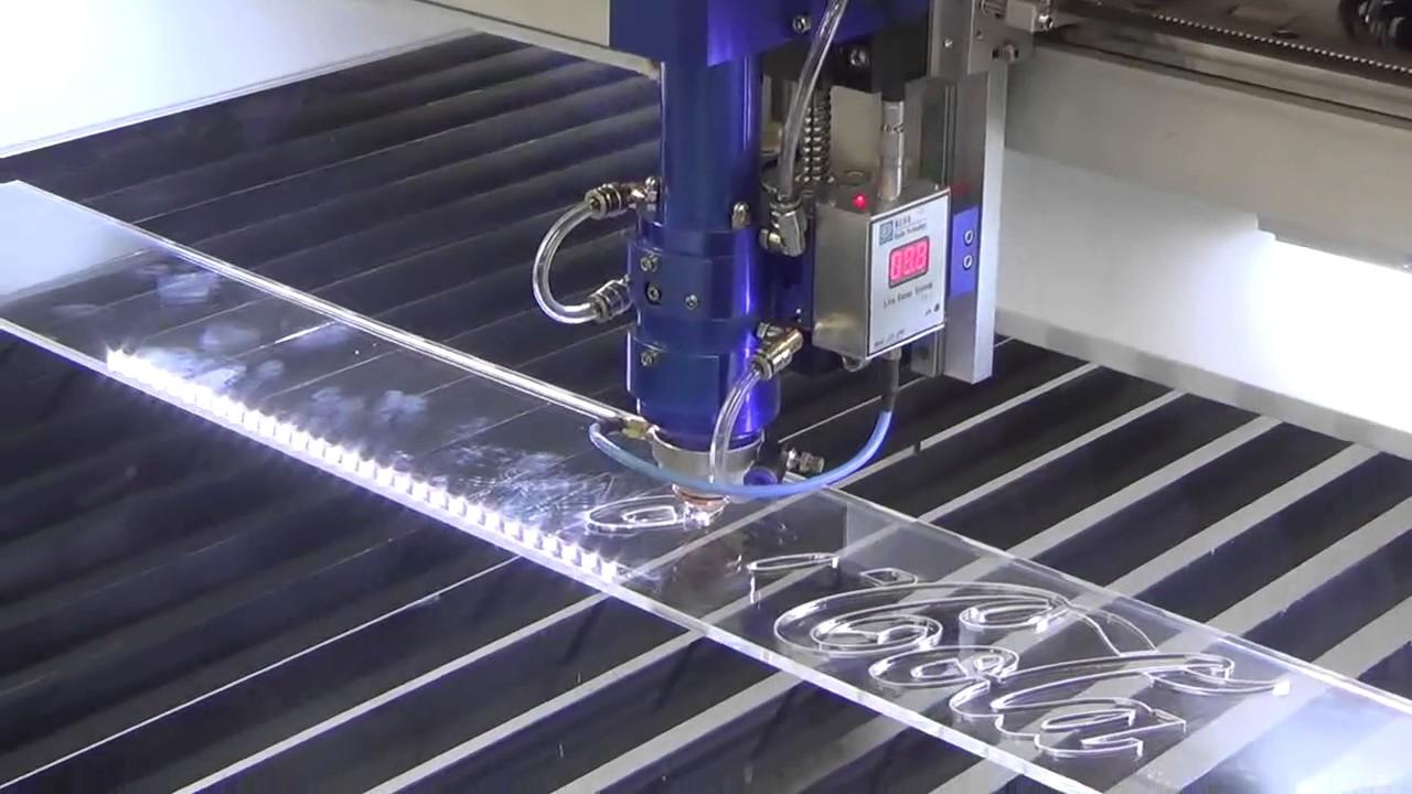 Cắt laser mica công nghệ cao, uy tín, chất lượng