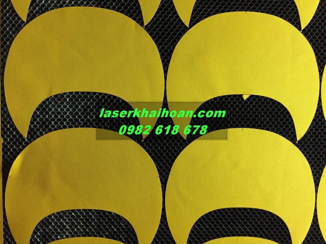 cắt laser trên vải nhung