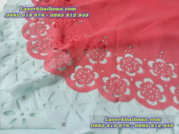 Cắt cánh hoa văn đẹp và chất lượng trên vải