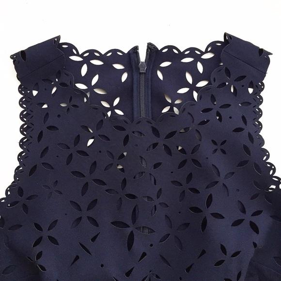 Cắt laser vải may váy đầm chất lượng cao