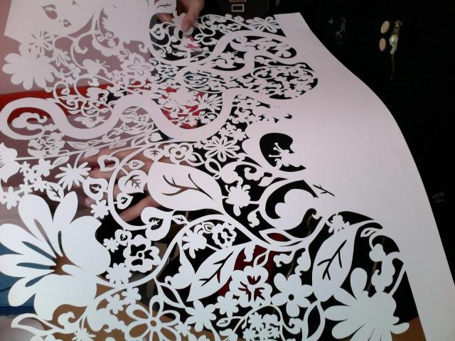 Cất laser vải hoa văn, chi tiết đẹp với chất lượng cao tại TPHCM