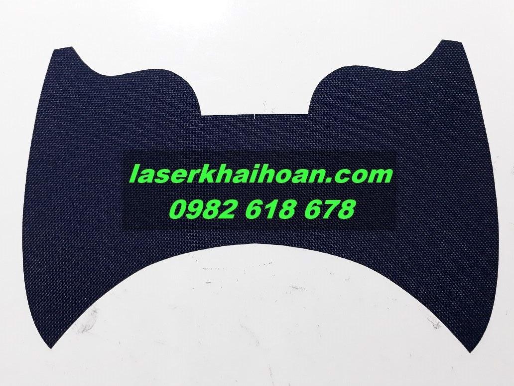 Cắt laser vải may mũ nón giá rẻ