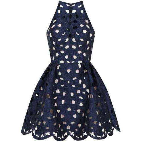 Cắt laser trên vải may váy đầm giá tốt
