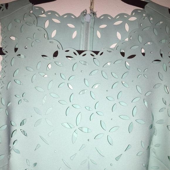 Cắt laser trên vải may quần áo