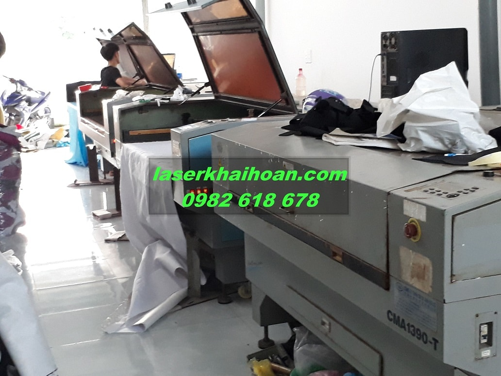 Hệ thống máy cắt khắc laser của Khải Hoàn