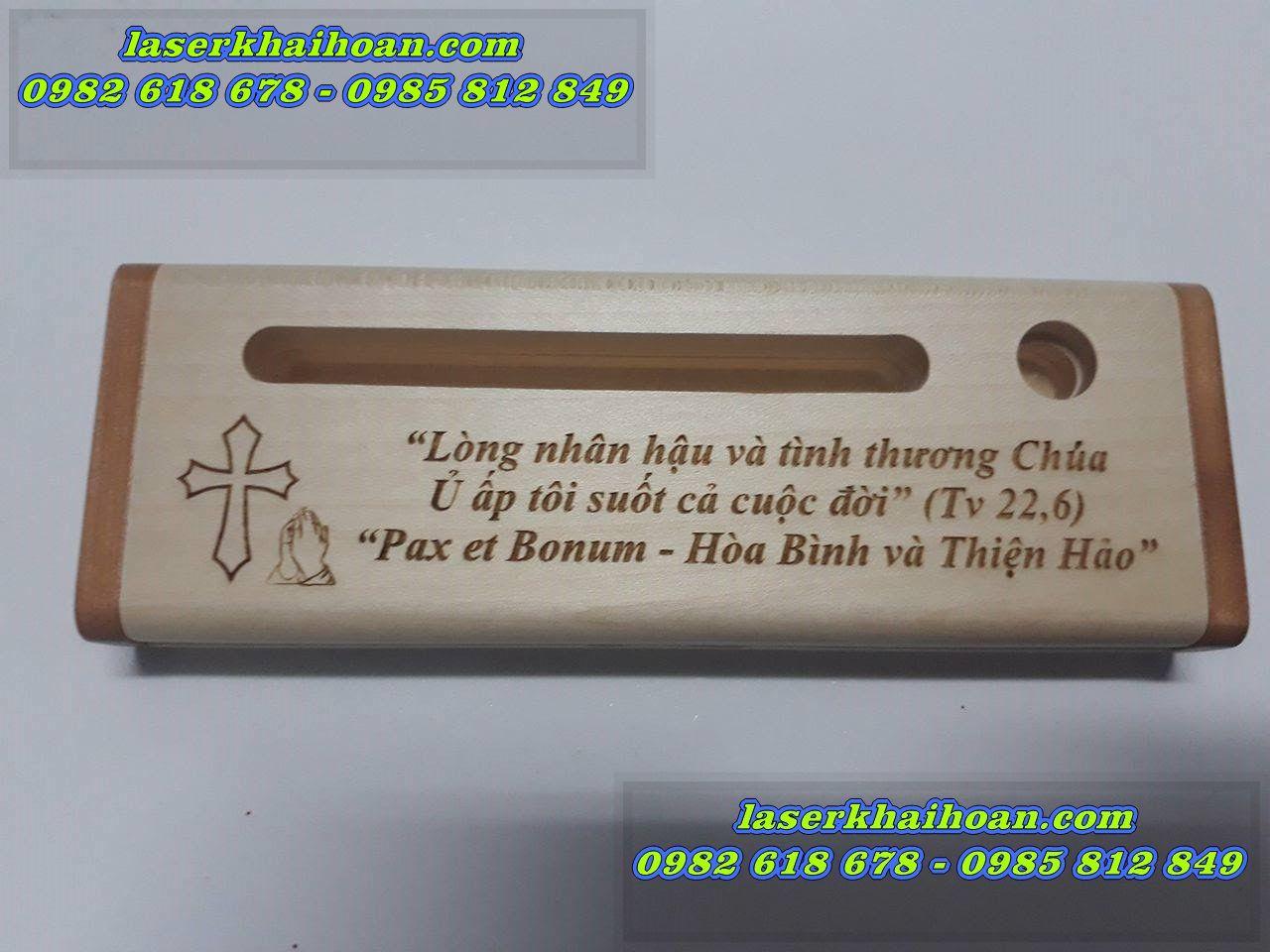 khắc laser quà tặng bút gỗ